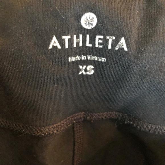 Athleta 3/4 length black leggings.